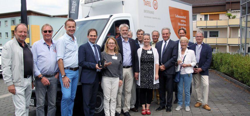 Neues Kühlfahrzeug für Tafel in Idstein übergeben